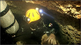 Side Mount Exploration Cave Diver